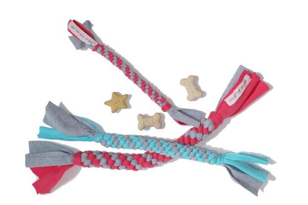 Twisty dog chew toy stylish summer