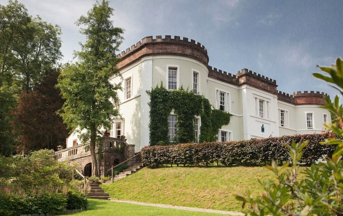 Overwater Hall dog friendly hotel lake district
