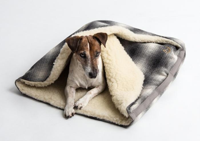DOG SLEEPING BAG BY CLOUD 7
