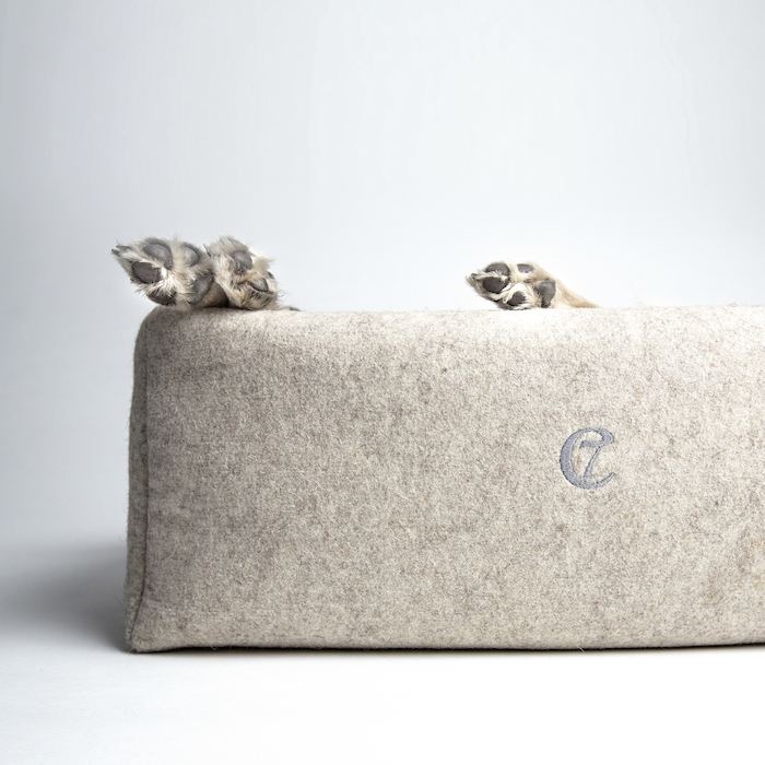 luxury dog beds collars and leads by cloud 7 styletails. Black Bedroom Furniture Sets. Home Design Ideas