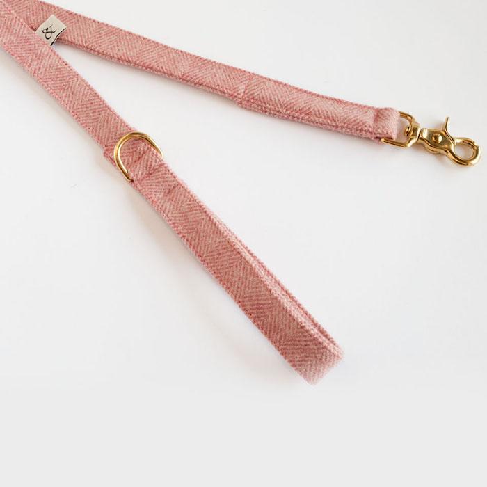 Dog-Lead-Berry-Wool2
