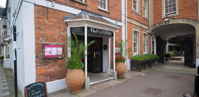 The Feathers, Woodstock