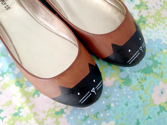 Cat toe shoes Kittenhood